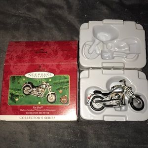 Hallmark Holiday - Vintage hallmark Harley Davidson fat boy ornament